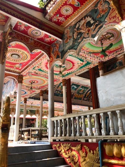 ラオスの旅 9  タート・ルアン南寺院その2_a0092659_18123396.jpg