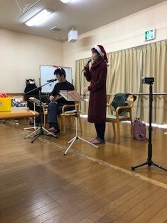 板野生活 ~クリスマスイブのコンサート~_c0218368_15045847.jpg