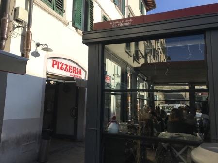 ダ・ミケーレのピッツァでクリスマス前の市場を乗り切る!_a0136671_01490309.jpeg