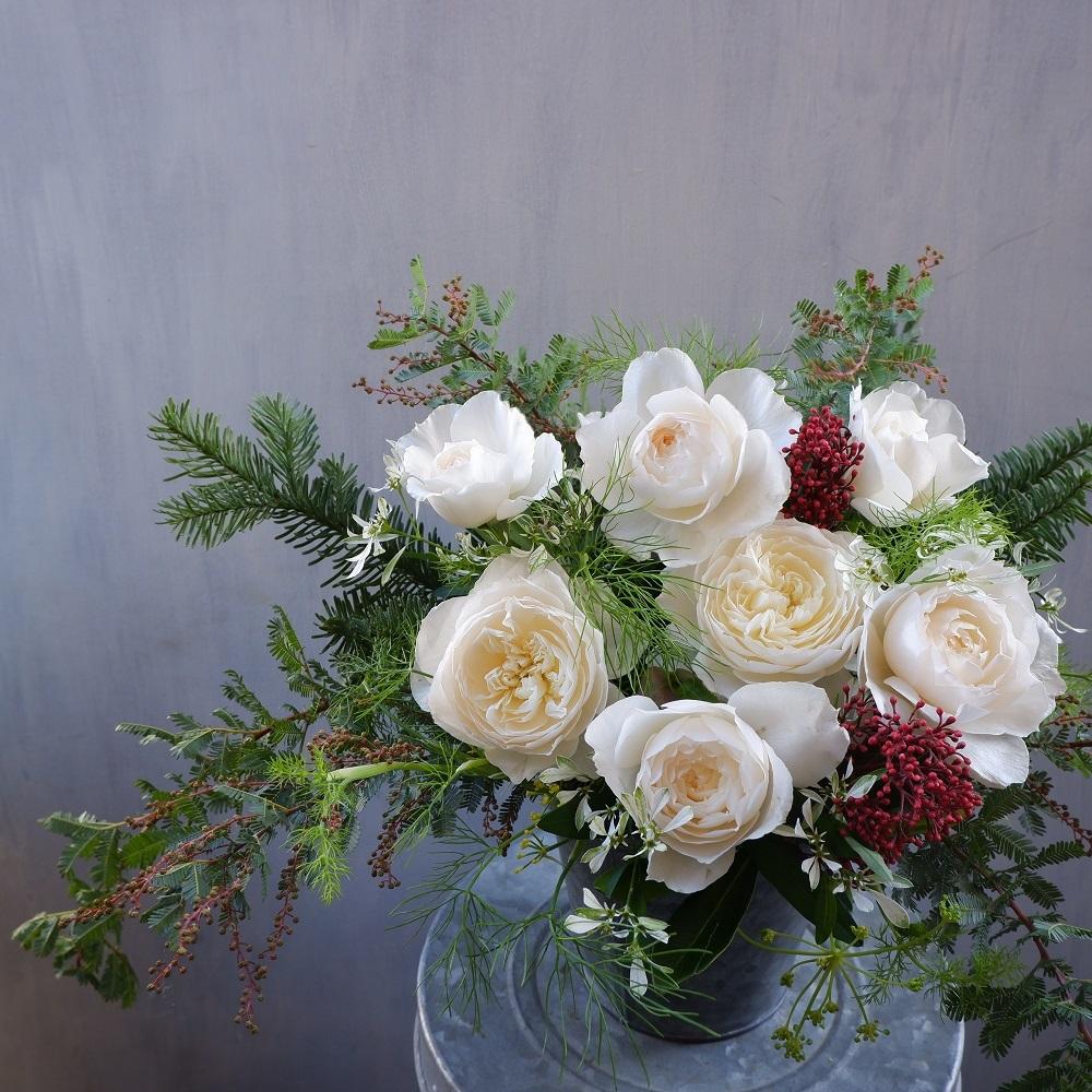 オークリーフ(クリスマスの小ぶりなアレンジメント)_f0049672_11544093.jpg