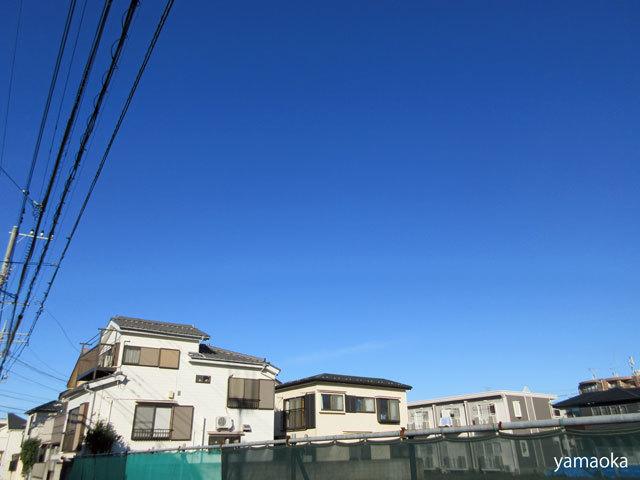 広い空の下で仕事をし、暮らしているんだって思った。_f0071480_17513281.jpg