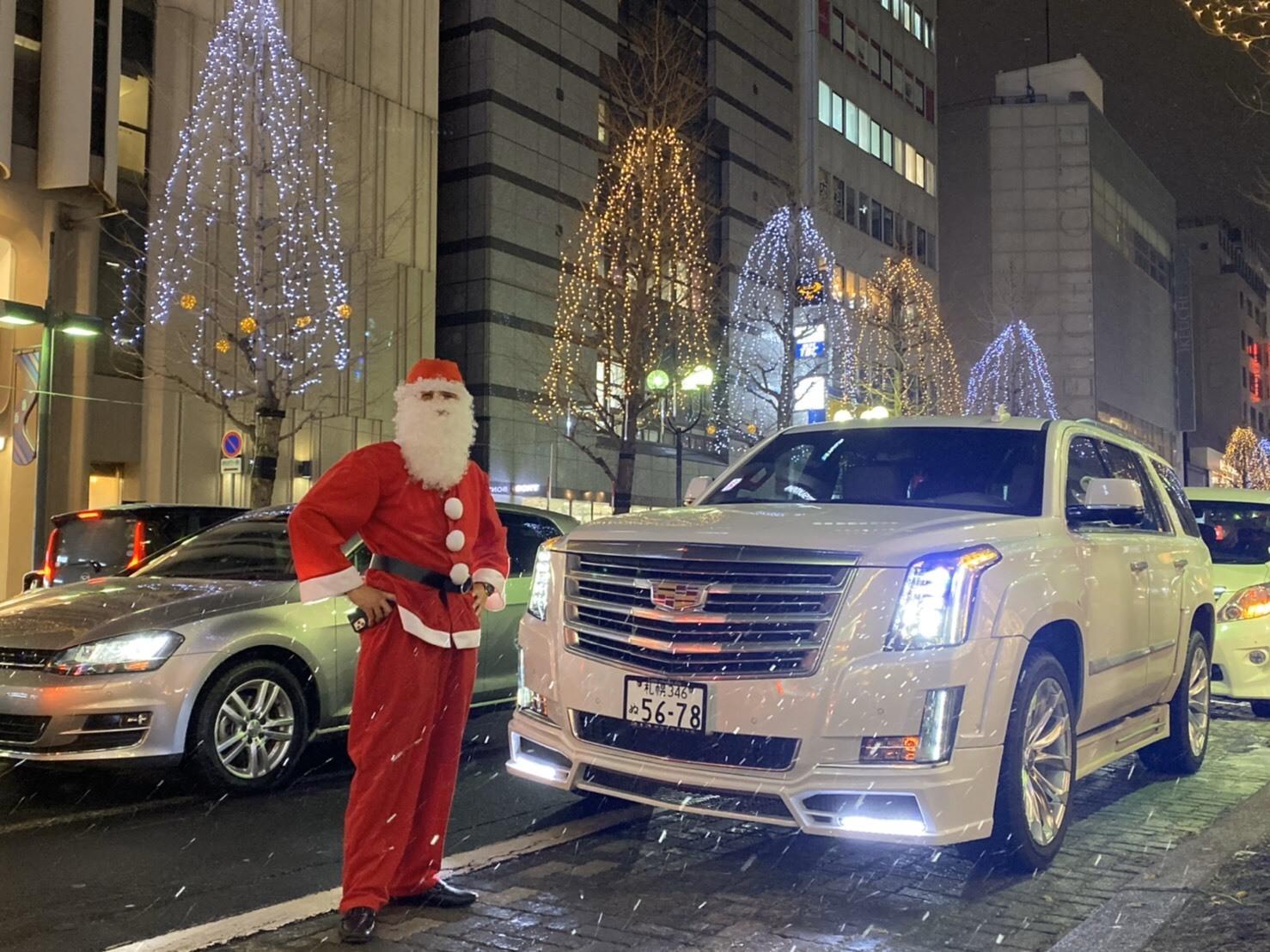 メリークリスマス(^^♪TOMMYサンタも出動!!!G社様 納車(^^)/ エスカレード、ハマー、ハイエース_b0127002_18153544.jpg