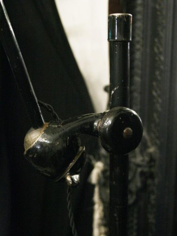 令和最初のヨーロッパ買い付け後記21 ヴァイセンホーフジードルングへ!! 入荷コルビジェも愛したGRASのランプ。超レア物あり。_f0180307_02222334.jpg