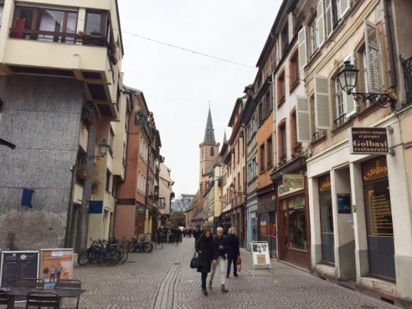令和最初のヨーロッパ買い付け後記22 初となるストラスブールの街へ☆ 入荷メンズコート類追加 ミリタリーもの、フレンチワークものなど_f0180307_22041241.jpg
