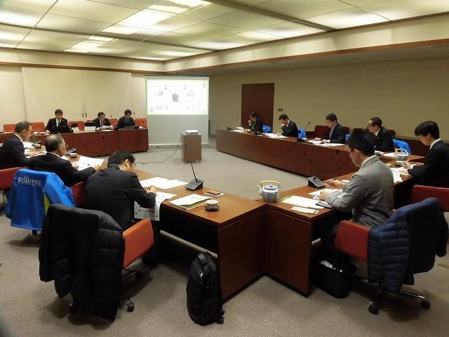 富士市議会として何を目的とするタブレット導入か? 県内導入先進市である袋井・藤枝両市議会の取組みを視察_f0141310_08243730.jpg