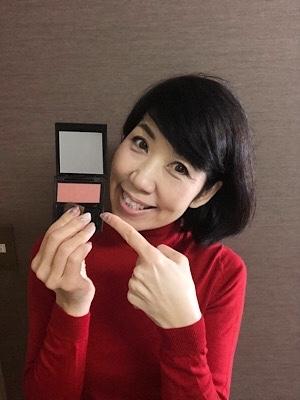 洗練された大人の女性にはこの色のチークがおすすめ♡ 頬に赤みが差すだけで-5歳は若返る!!_f0249610_12312394.jpg