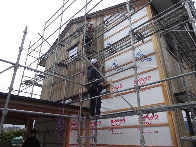 仙北町の家 大工工事が進行中です!_f0105112_03525818.jpg