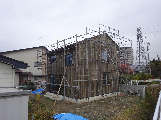 仙北町の家 大工工事が進行中です!_f0105112_03525852.jpg