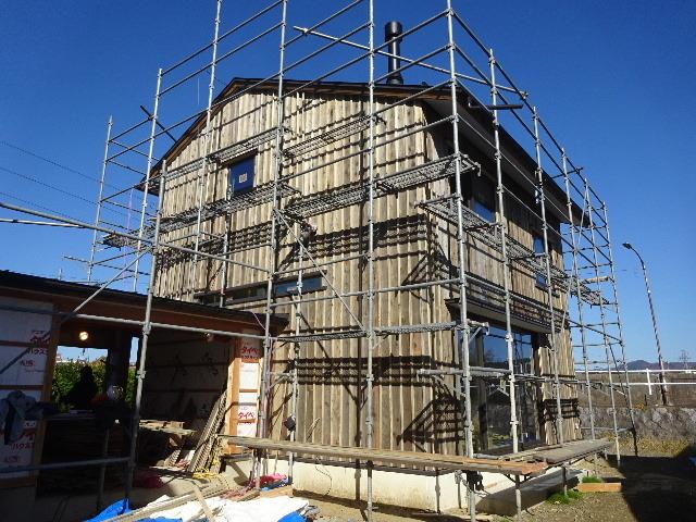 仙北町の家 大工工事が進行中です!_f0105112_03592912.jpg