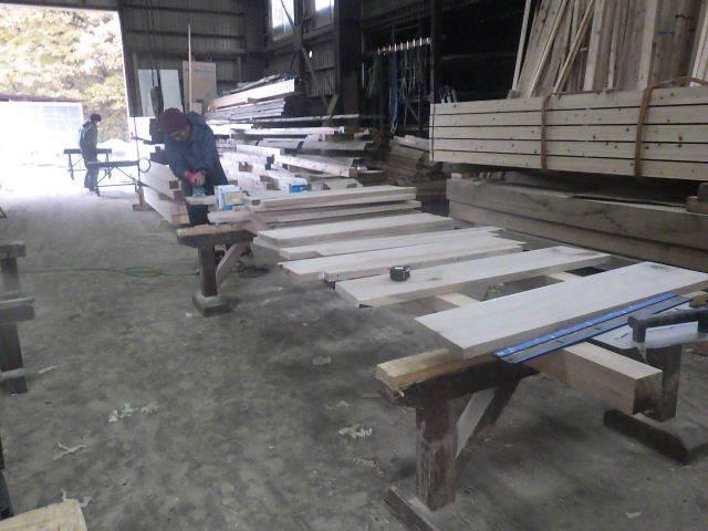 仙北町の家 大工工事が進行中です!_f0105112_03592935.jpg