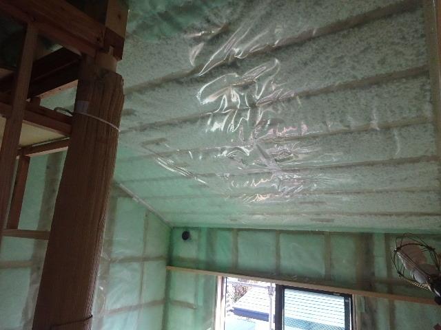 仙北町の家 大工工事が進行中です!_f0105112_04053628.jpg