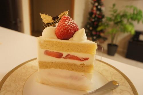 【ホテルニューオータニ  パティスリー SATSUKI のケーキ】_f0215714_15141698.jpg