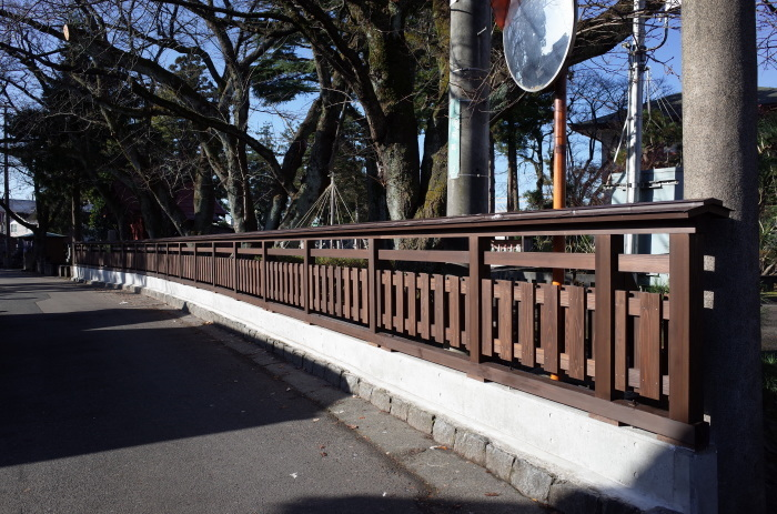 塀の改修工事_d0081723_12211010.jpg