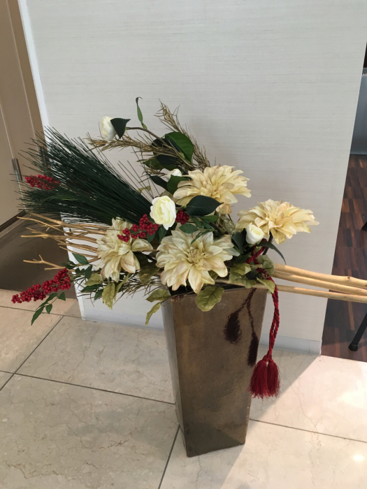 お正月のディスプレイ〜大阪ミルボン社さま_f0155431_21433313.jpg