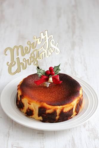 クリスマスケーキは、バスクチーズケーキ_a0165538_09264539.jpg