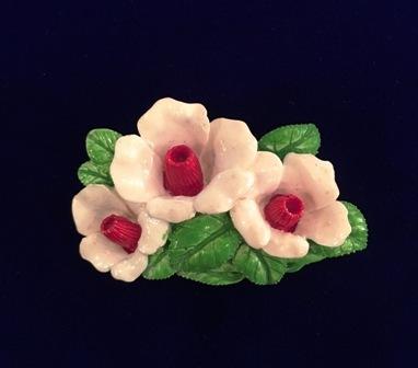 お花のブローチ_f0196455_16505555.jpeg
