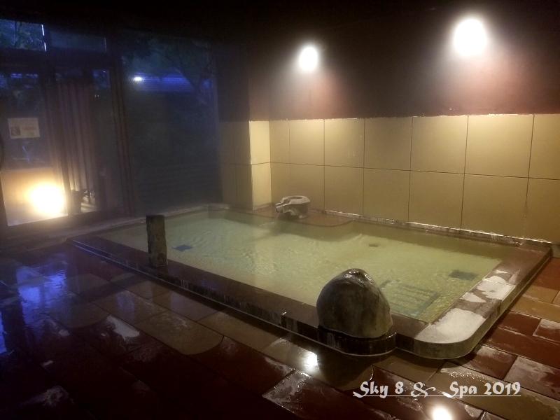 ◆ 30年ぶりの伊豆長岡温泉へ、その9 着物で彩られた全館畳敷きの宿「楽山やすだ」へ 大浴場 後編(2019年12月)_d0316868_06475567.jpg