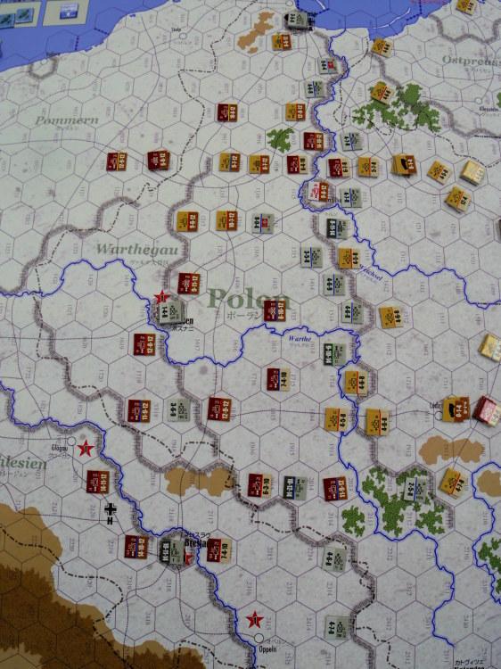2019.07.27(土)第361回定例会の様子の様子その3...コマンドマガジン123号 第三帝国最後の戦い Vistula-Oder-Berlin: Eastern Front 1945_b0173672_14590255.jpg