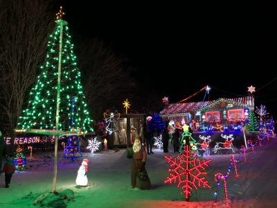 クリスマス・ライト 1_c0353373_04563397.jpg