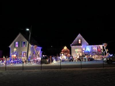 クリスマス・ライト 3_c0353373_05480356.jpg