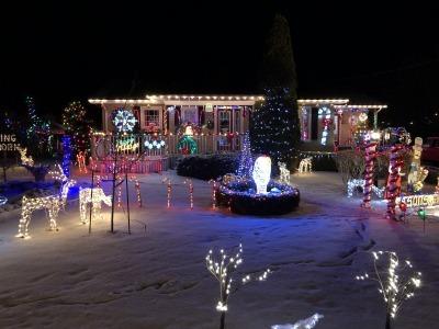クリスマス・ライト 4_c0353373_05522178.jpg