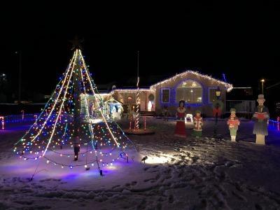 クリスマス・ライト 4_c0353373_05531538.jpg