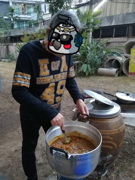 大鍋でカレー!!_a0199979_22480366.jpg