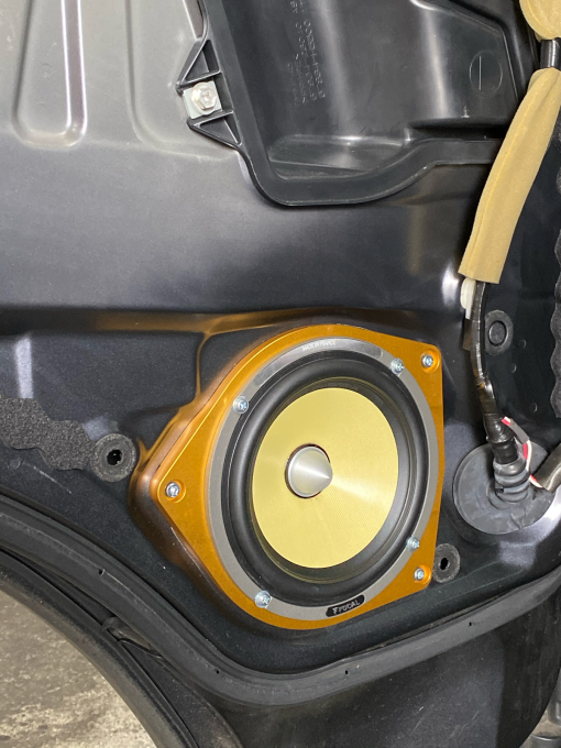 ハイエース200系を良い音製作_c0069588_08450665.jpg