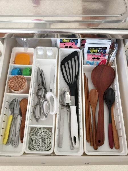 キッチンを見やすく、取り出しやすく♪_a0239890_07595977.jpg