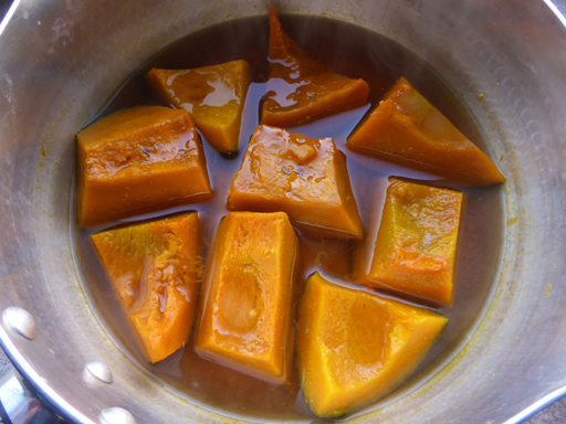 かぼちゃと小豆の煮物・いとこ煮_d0366590_19494412.jpg