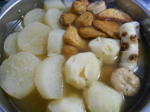 鮭と野菜のフライパン蒸し&おでん_f0019498_17100693.jpg