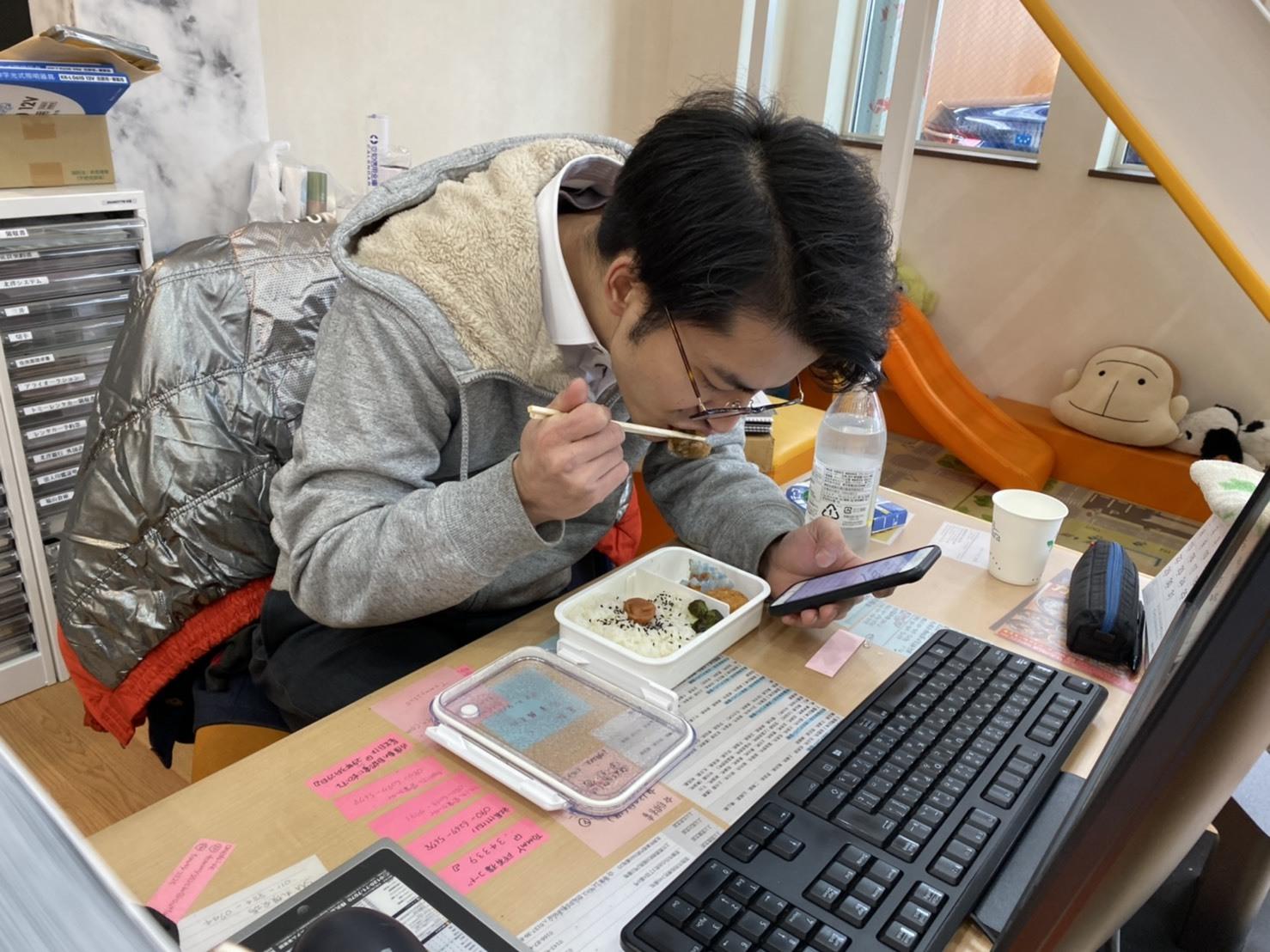12月26日(木)♡ベンツAMG GT63あります✊ ランクル エスカレード ハマー TOMMY♡_b0127002_18125107.jpg
