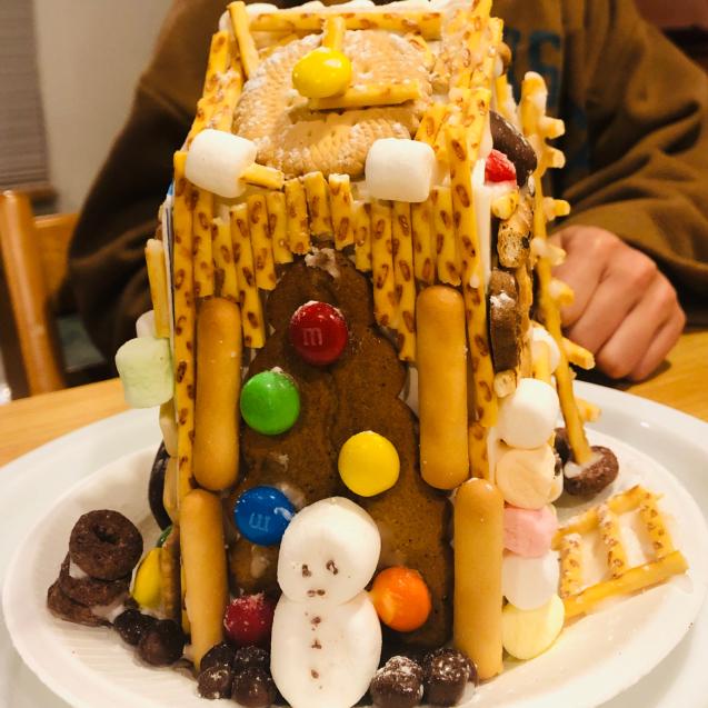 お菓子の家_e0061304_15293588.jpg