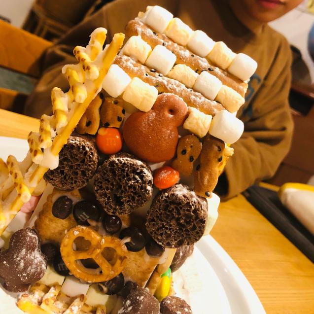 お菓子の家_e0061304_15294377.jpg
