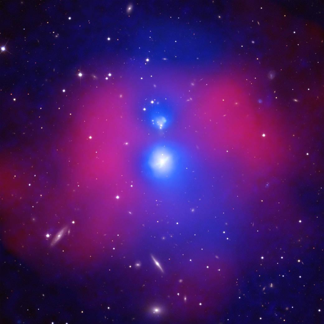 りゅう座の衝突する2つの銀河グループ_d0063814_20125319.jpg