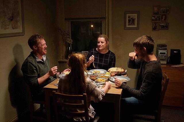 「家族を想うとき」_c0118119_21415269.jpg