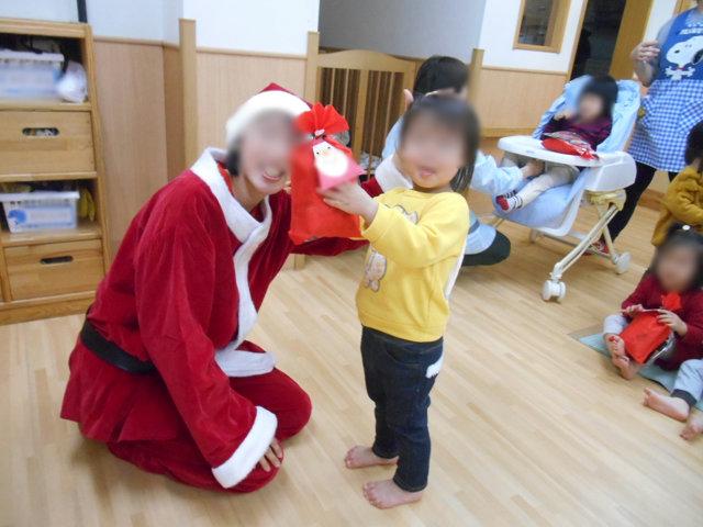 クリスマス会_e0148419_1036563.jpg
