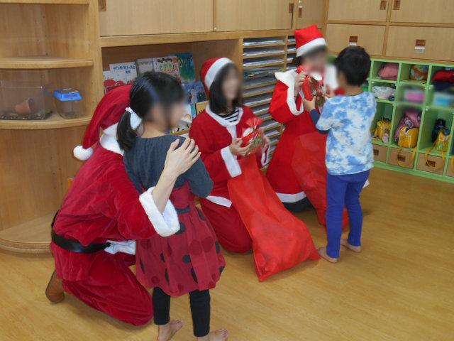クリスマス会_e0148419_1039815.jpg