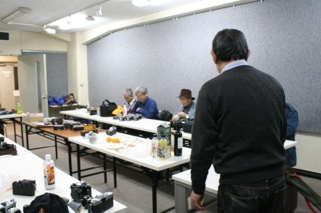 第22回 好きやねん大阪カメラ倶楽部 例会報告 今月のテーマ 手作りカメラ、修理教室、急遽提案ゲルツ、ツァイス祭り_d0138130_19032814.jpg