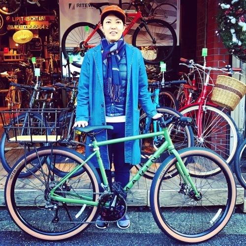 ☆本日のバイシクルガール☆ 自転車女子 自転車ガール ミニベロ クロスバイク ライトウェイ トーキョーバイク シュウイン ラレー ブルーノ おしゃれ自転車 マリン ターン シェファード_b0212032_15071049.jpeg