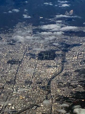 空からの京都を見た時_d0245357_23251411.jpg