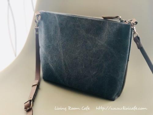 縫わない薄型ショルダーバッグ 片面ポケット付き_e0040957_11003054.jpeg