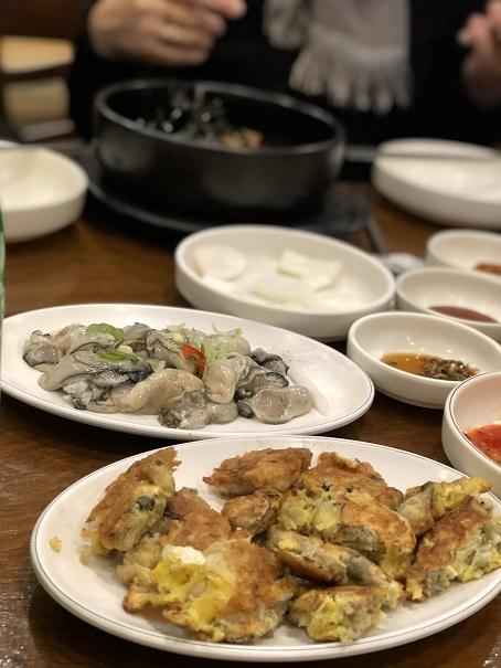 ソウルで牡蠣三昧_b0060363_21583610.jpeg