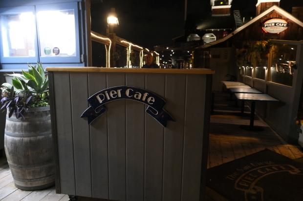PIER CAFE_d0193569_08074374.jpg