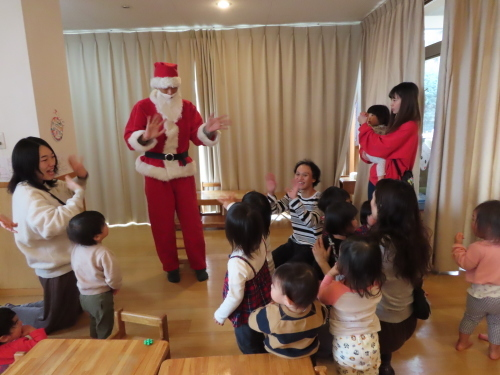 お楽しみ会 ~乳児~_f0327175_13513637.jpg