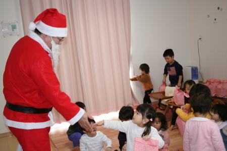 よこて卸町園『クリスマス会』を開催しました。_f0141477_13110954.jpg