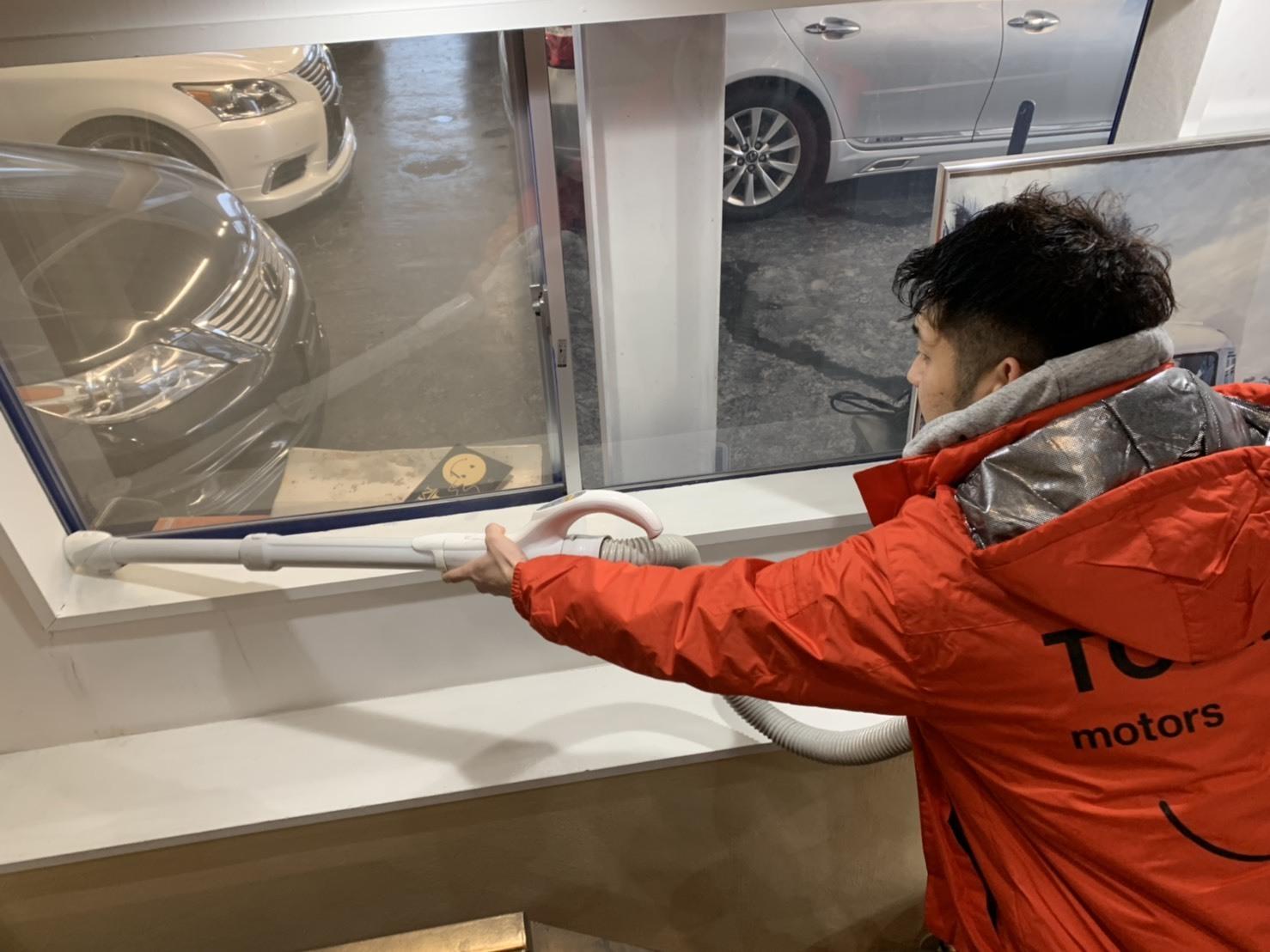 12月27日(金)トミーベースブログ☆T様レガシィワゴン納車✨✨1月7日より初売り開催🎶レクサス♬スバル限定車🎶クラウン♬フーガ🎶希少車多数✨自社ローン_b0127002_16564646.jpg