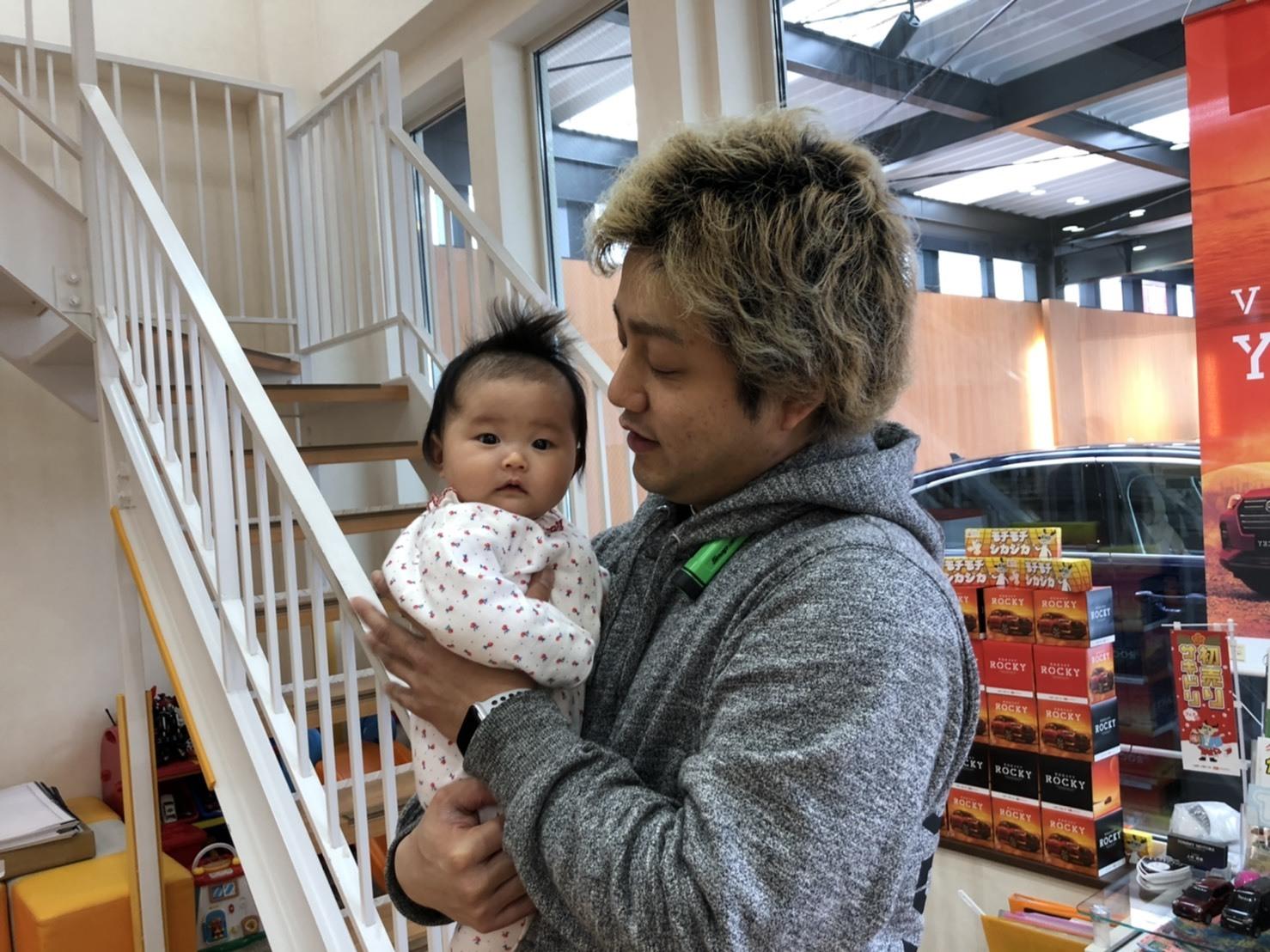12月27日(金)本店ブログ☆ ハマーH3 ベースグレードあります♡ ランクル アルファード LX570_b0127002_19323298.jpg