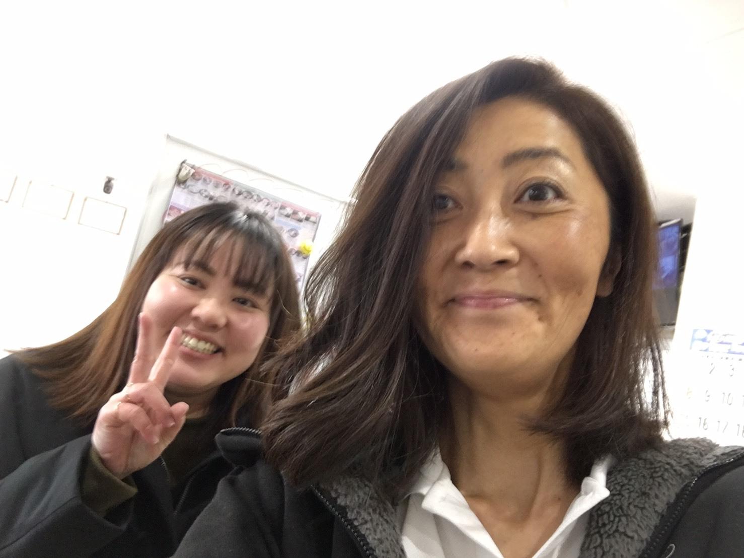 12月27日(金)本店ブログ☆ ハマーH3 ベースグレードあります♡ ランクル アルファード LX570_b0127002_19474705.jpg