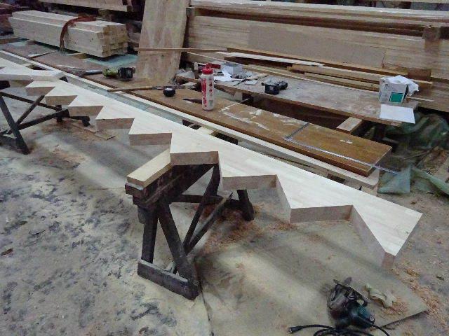 滝沢 穴口の家 大工工事進行中。_f0105112_04563949.jpg